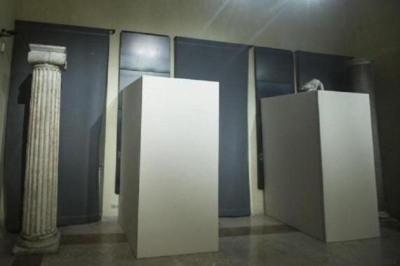 Hassan Rohani censura opere di nudo